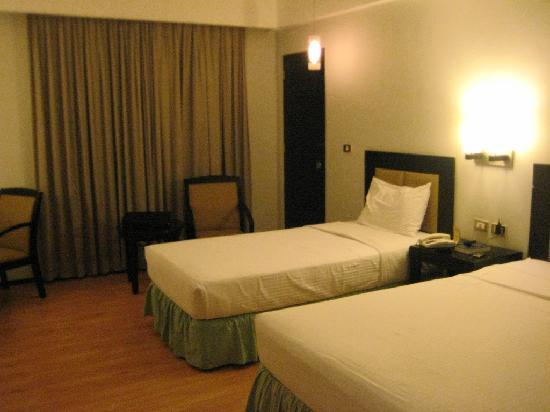 Mallberry Suites Room